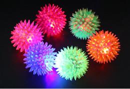 Wholesale Led Flashing Bounce Balls - Soft Rubber Flash Ball LED Toys Hedgehog Bouncing Ball Flash Barbed Ball Led Flash Pet Toys Christmas Birthday Festival Gift