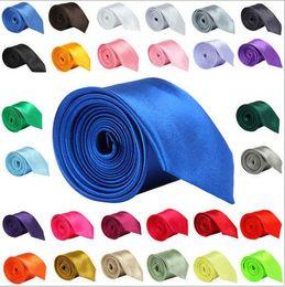 grosses soldes! T-shirt tendance pour hommes Cravate de marque de mariage pour hommes Tie Tight 30 Pure 5cm Noir Rouge Bleu Corbatas DB05 ? partir de fabricateur