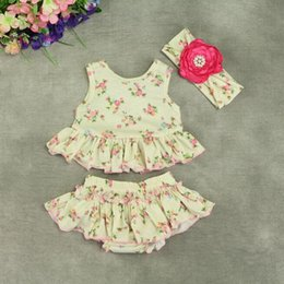 Wholesale Colour Matching Clothes - Shabby Chic 3pcs Floral Baby Girls Clothing Set Sleeveless Top Around Ruffle Bloomer Baby Clothes Matching Headband Newborn