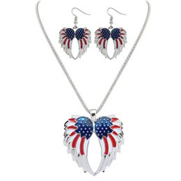 Wholesale Wholesale Jewelry Necklace Sets - USA Enamel Angel Wing Jewelry Sets For Girls Gift Gold Plated Flag Angel Wings Necklace Earring Set Vintage Ethnic Jewelry 161917
