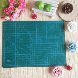 "Wholesale Quilting Cutting Mats - Wholesale-PVC Cutting Mat a4 ""9 Sea"" Durable Self Healing Handmade DIY Quilting Accessories Flexible Green Patchwork Board Tool 30*22 cm"
