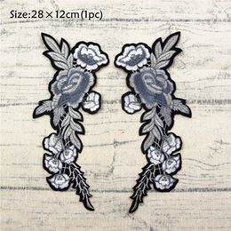 Wholesale Quilt Flowers - A pair of gray flowers Embroidered patches for sewing size is 28 cm * 12 cm flower applique handmade sewing accessories DIY