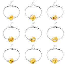 Brand New New style bracelet bracelet mode couple main chaîne FB216 ordre de mélange 20 pièces beaucoup Bracelets Charme ? partir de fabricateur