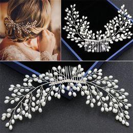 Wholesale Vintage Comb Crowns - Vintage Wedding Bridal Pearl Hair Comb Crystal Rhinestone Headpiece Hair Accessories Jewelry Silver Headdress Crown Tiara Headband Pieces