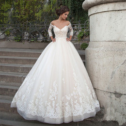 Wholesale vintage pearl belt - Off the Shoulder Long Sleeves Wedding Dress Tulle V-Neck Backless Pearls Belt Appliqes Lace Ball Gown Court Train Custom Bridal Gowns