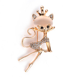 Wholesale Shawls Pin - Wholesale- Cute kitten brooch exquisite rhinestone crystal brooch buckle collar pin chest with jewelry brooch buckle shawl scarf buckle Ms.