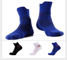 Wholesale Elite Football Socks - Discount USA Professional Elite Basketball Socks Ankle Athletic Sport Socks Men Fashion Compression Anti Slip Thermal Winter Socks