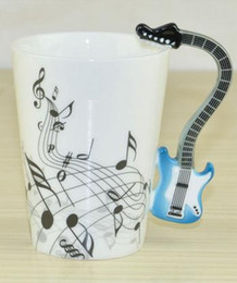 Wholesale guitars china wholesale - Wholesale- Creative Guitar Handle Music Cup Ceramic Coffee Cup Staff Pattern Personalized Cup