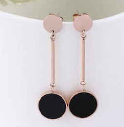 Wholesale Black Earring Hang Cards - Korean version of the earrings round hanging plate black earrings fashion titanium steel rose gold lady hanging round card earrings