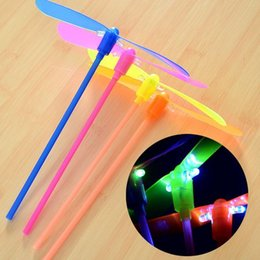Wholesale Cheap Plastic Decoration - LED Luminous flying light up toys flashing Bamboo Dragonfly Electronic Cheap kids gift party decoration