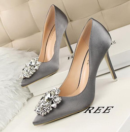 Wholesale Shoes Woman Elegant - sandals for women elegant new designer Rhinestone Design Toe Thin High Heels shoes