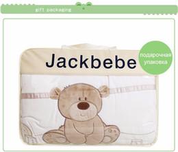 volle krippe bettwäsche setzt Rabatt 7 Stück Spannbetttuch Baby Bett Little Bear Muster Quilt Bettbezug Kissen Kissenbezug Bettlaken Stoßstange Babybett Bettwäsche Set Qualität Krippen