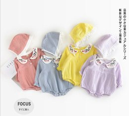 Wholesale Korean Wholesale Free Shipping - INS 2017 Korean style hot selling new arrivals kids pet pan collar with emboridery flower solid color 100% cotton romper + hat free ship