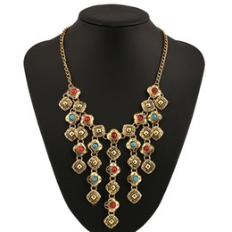 Wholesale Exquisite Carved Jewelry - Unique Exquisite Palace Retro Gemstones Exaggerated Pendant European American Antique Gold Plated Necklace Alloy Metal Carved Tassel Jewelry