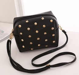 Wholesale Star Crocodile Purse - The new han edition fashion bag One shoulder aslant package Litchi grain rivets cell phone package The purse wholesale