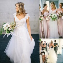 Wholesale White Wedding Dresses Uk - Bohemian Hippie Style Wedding Dresses for UK Free Shipping Sale 2016 Design with Long Skirts 2017 Cheap Boho Chic Beach Country Bridal Gowns