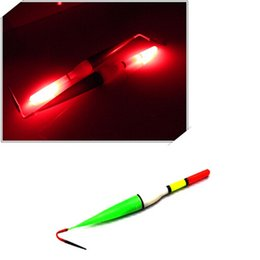 Wholesale Long Float Fishing - Wholesale- 2017 HOT 3pcs set Night Fish Fishing Floats Long Tail Luminous Fishing Floats Bobber Red Flashing LED Light Floats for Fishing