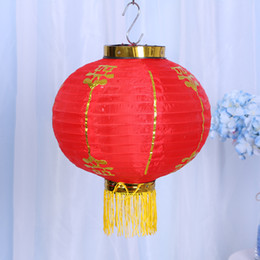 Wholesale chinese christmas crafts - Red Round Hanging Lantern Wedding Party Christmas Decoration Chinese Tradition New Year Lanterns Arts And Crafts Gifts 9ht C R