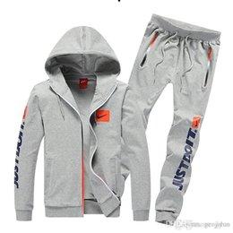 Wholesale Sets Sportswear - high quality Men's Clothing Sportswear suit Spring&Autumn Sport Package Men clothes Set Teen jogging suits activewear Apparel Tracksuit 6688