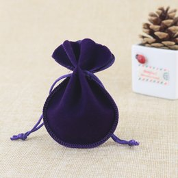 Wholesale Velvet Pouches For Jewellery - velvet bags jewellery pouches 50pcs lot 7*9cm small drawstring bags for jewelry necklace earrings rings packaging display