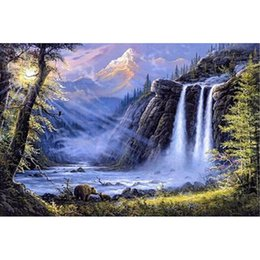 Wholesale Waterfall Bear landscape DIY Diamond Painting Embroidery Beauty Cross Stitch Crystal Square Unfinish Home Bedroom Wall Art Decor Craft Gift