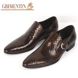 2017 marke italien mode elegante echtes leder herren schuhe casual schwarz  braun slip auf männlichen schuhe männer wohnungen für business männer  elegante ... a3c544453a