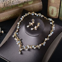 Wholesale Rhinestone Gold Plated Necklace Bridal - Amazing Pearls Rhinestones Bridal Jewelry Sets 2017 Beaded Wedding Jewelries Necklace & Earrings For Special Occasion Hot Sale