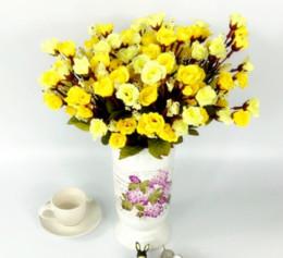Présentoirs de fleurs en Ligne-fleur artificielle a augmenté de 18 fleurs et 6 branches fleur de mariage arrangeant le salon, ornement d'affichage de la devanture