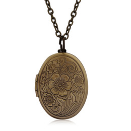 Wholesale Oval Brass Lockets - Oval Carved Flower stripe Locket Pendant Necklace Women Vintage Ancient Brass Opening Photo Box Creative Jewelry