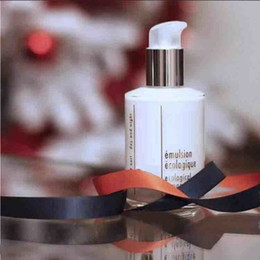 Wholesale Cosmetic Discounts - 2017 Discount!!! Famous brand 125ml Day and Night Almighty Emulsion moisturizing cosmetics Lotion free shipping