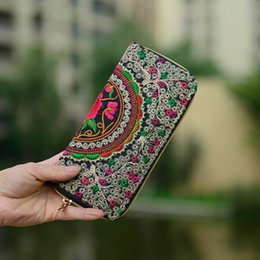 Wholesale Trend Notes Wholesale - Wholesale- Women Wallets Brand Exquisite Embroidered Double Faced Floral Long Design Canvas Zipper National Trend Purse Card Holder