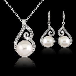 Wholesale Beautiful China Girls - Women Beautiful Crystal Pearl Necklace Earring Wedding Bridal Jewelry Set Gift for woman girlfriend ,mon gift