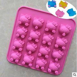 Venda quente KT Baking Moldes Bonito Bolo Fazer Diferentes Expressões Olá Kitty Doraemon Moldes De Cozimento DIY Bolinhos De Chocolate Moldes cheap chocolate kitty de Fornecedores de vaquinha de chocolate