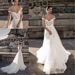 Wholesale sexy hot pink - Babyonline Hot Sell 2018 Sheer Bohemian Wedding Dresses Off the Shoulder Lace Tulle Sweep Train Backless Bridal Gowns