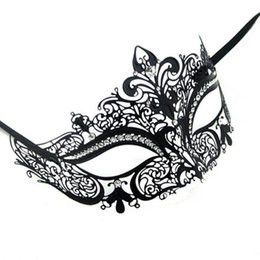 Wholesale Couples Masquerade Masks - Lovers Men Women Couple Venetian Masquerade Masks XMAS Metal Masks Mardi Gras Party Shows Cosplay Sexy Wedding Mask