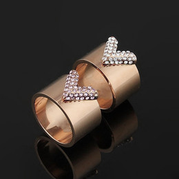 Wholesale Letters Wedding Rings - Wholesale trade hot style full drill titanium steel ring 18 k gold pink diamond ring v letter couples diamond ring