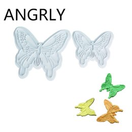 Wholesale Butterfly Cake Decorating Cutter Fondant - ANGRLY 5bag 10pcs Sale Ciq Cozinha Silicone Cupcake Butterfly Cake Fondant Decorating Sugarcraft Cookie Plunger Cutters Mold