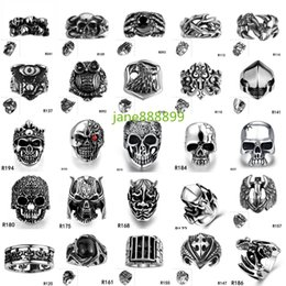 Wholesale Man Rings Mix - Drop ship Cool Stainless Steel Rings For Men Trendy Smooth Polishing Big Tripple Skull Ring Punk Biker Jewelry