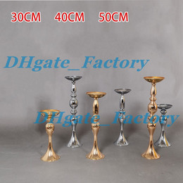 Wholesale Metal Flower Holders - Cheap Sales !!Wedding Candle Holder 30 40 50cm silver gold Romantic Standing Wedding Candlestick Wedding Flower Stands Silver Candelabra
