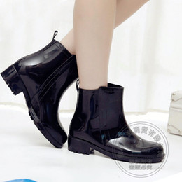 Wholesale Roll Up Shoes - Jelly Wading Warm Cotton Padded Roll Up Hem Booties Ankle Work Water Rain 2015 Fall Biker Boots Women Antiskid Single Shoes