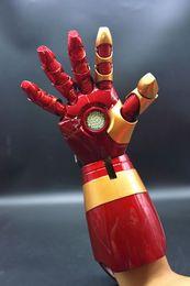 (Mão direita) Homem de Ferro Mark 42 MK42 1/1 Luva de Braço Wearable Móvel com Lançamento Som Laser Weapon e Mão LED de Fornecedores de marcação a laser