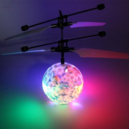 Wholesale Infrared Flying Toy - Easy Operation Vehicle Flying RC Flying Ball Infrared Sense Induction Mini Aircraft Flashing Light Remote Control UFO Toys for Kids WD028AA
