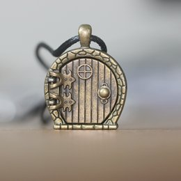 Wholesale Home Link - Hobbit Door Locket Necklace it can open memory locket jewelry Lord of the Rings jewelry Bilbo Baggins home