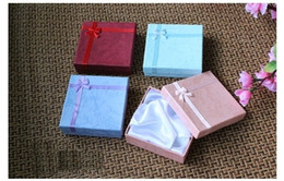 Wholesale Wholesale Pink Jewelry Boxes - Paper Bracelet & Bangle Box Red Pink Blue Turquoise Gift Box for Bangles 9*9cm Wholesale 24pcs lot Hand Strings box BX-05