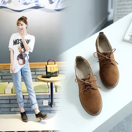 Wholesale New British Vintage Oxford Shoes - 2017 new skinny fashion women shoes British style vintage Bullock shoes women thick heel lace up oxford shoes for women size34-43
