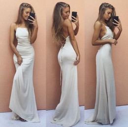 Wholesale Cheap Robe Coral - Sexy Criss Cross Straps Backless Evening Dresses Simple White 2017 Cheap Sheath Halter Prom Dresses Floor Length Robe de soriee