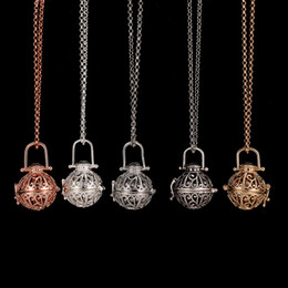 Wholesale Crystal Aromatherapy - Diffuser Locket Necklace Aromatherapy Diffuser Necklaces Essential Oils Diffuser Necklace Fashion New Locket Pendants Necklace 5 Colors