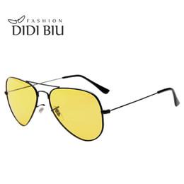 Wholesale day night vision polarized - DIDI Lovers Polarized Day & Night Vision Glasses Yellow Aviator Driving Sunglasses Men Brand Designer Frog Goggles Eyewear H276