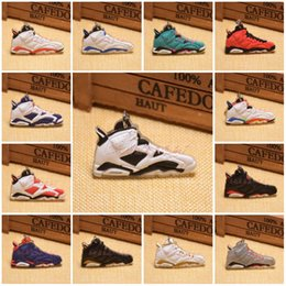 Wholesale Sneakers Keychains Basketball - 20 Styles Basketball Shoes Key Chain Rings Charm Sneakers Keyrings Keychains Hanging Accessories Novelty Fashion Sneakers C90L