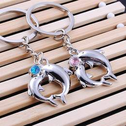 Wholesale Key Couple Cute - Cute Dolphins Metal Alloy Keychain Couples Key Chain Pendant Keyring Keychains Wedding Gift Valentine's Day Gift